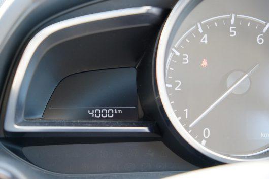 デミオ 4,000km